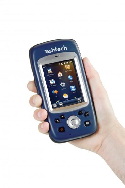 MobileMapper10_Field13_hand